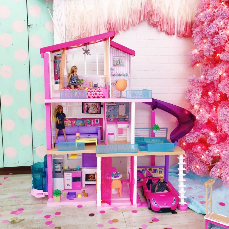 Barbie Dream House Dine And Watch Party Live Sweet